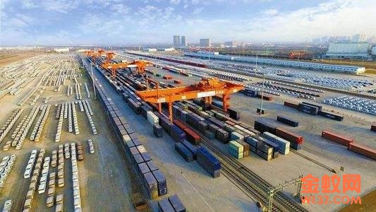 世界最大乙烷运输船,正驶往中国!